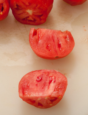 Tomatoes cut in half (1 of 1)