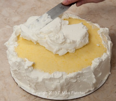 Finishing top with cream