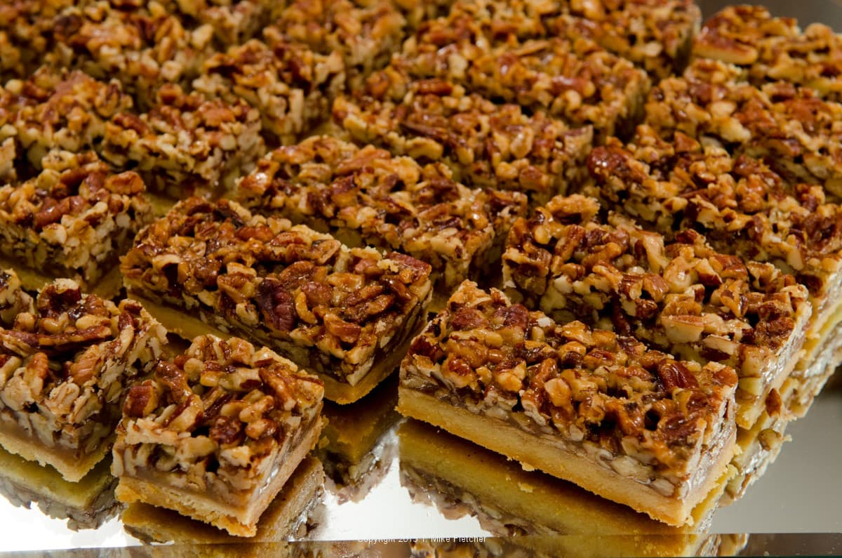 Pecan Bars - Pastries Like a Pro