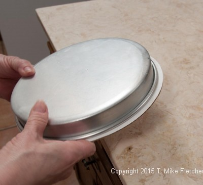 Rapping the pan on the table