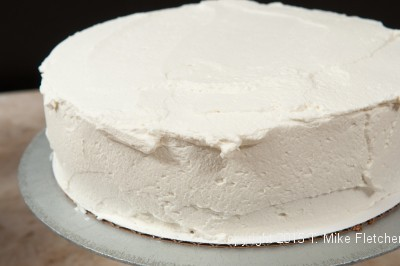Frosting cake 4
