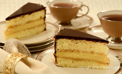 Boston Cream Pie - A Parts Cake - Pastries Like a Pro