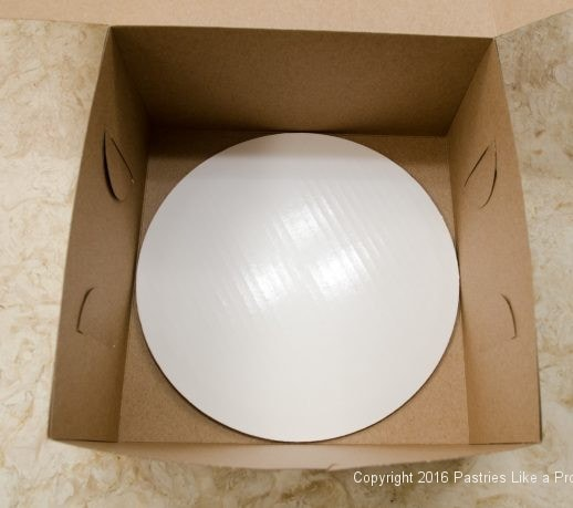 Round inside of a box for Internet Bakery Suppliers of Paper Goods for Cakes