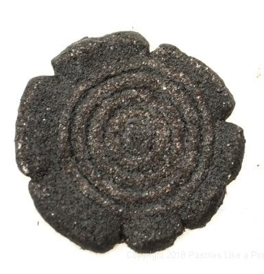 Splayed cookie for Almost Oreos with Black Onyx Cocoa